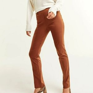 "NWT - Reitmans ""The Iconic"" pants in terra cotta"